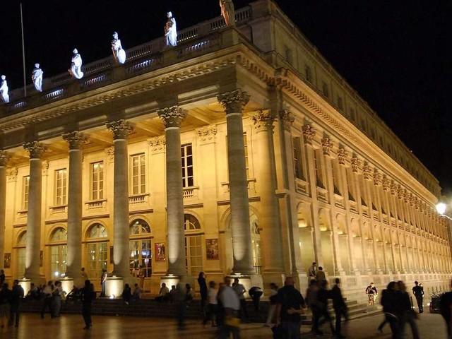 Opéra de Bordeaux : flou intégral avant la première du Ballet « Cendrillon »