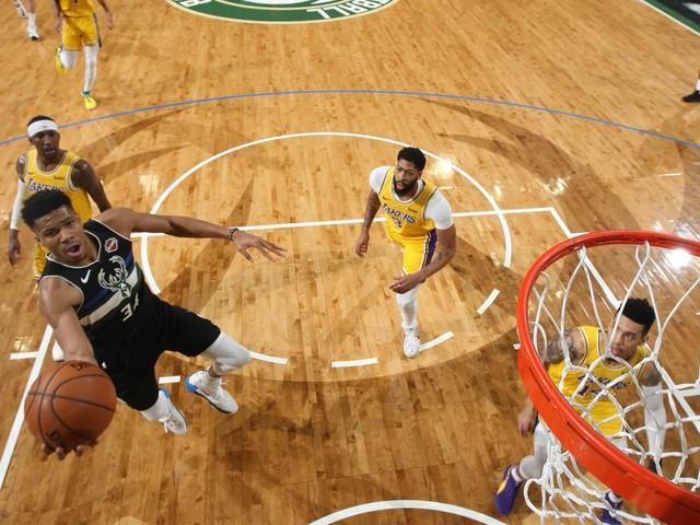 Le choc et la tête : Giannis et les Bucks font coup double face aux Lakers