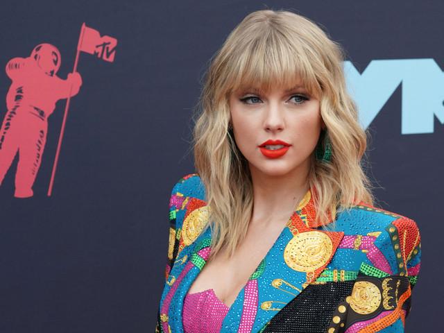 Taylor Swift : Sa maman est atteinte d'une tumeur au cerveau, en plus d'un cancer du sein