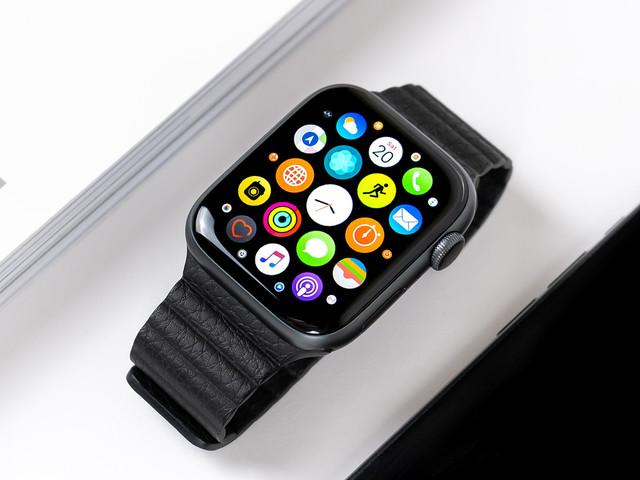L'antenne de l'Apple Watch bientôt déplacée dans le bracelet?