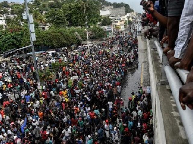 Haïti: la pénurie d'essence attise la colère populaire contre Jovenel Moïse