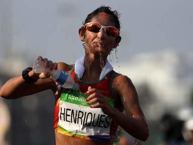 Ines Henriques première championne du monde du 50 km marche