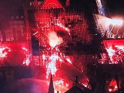 Incendie de Notre-Dame de Paris : un joyau du patrimoine mondial dévasté