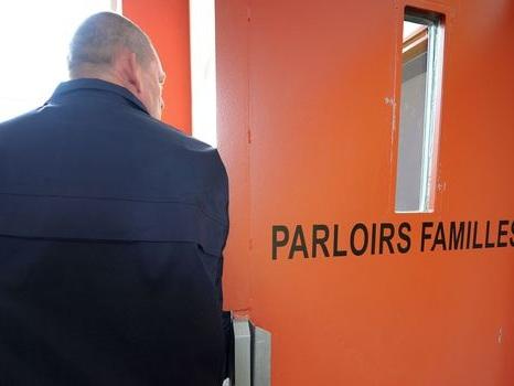 """Les visiteurs de prison, """"une heure de liberté"""" pour les détenus"""