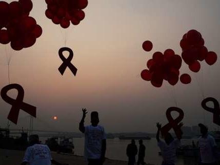 L'interdiction des soins funéraires aux séropositifs a été levée