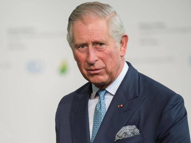 Harry & Meghan : Le prince Charles menacerait de ne plus les soutenir financièrement