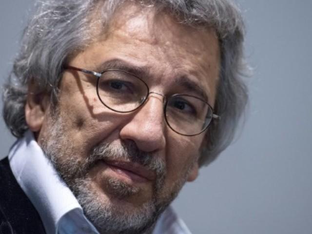 """""""N'isolez pas la Turquie !"""", l'appel d'écrivains victimes de la répression"""