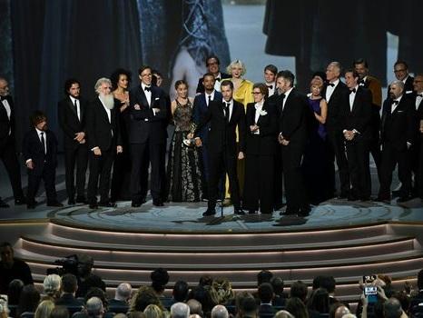 "Sortie sur tapis rouge pour ""Game of Thrones"" et ""Veep"" aux Emmy Awards"