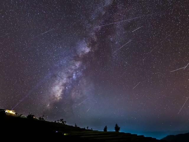 Pluie d'étoiles filantes : ne manquez pas les Géminides !