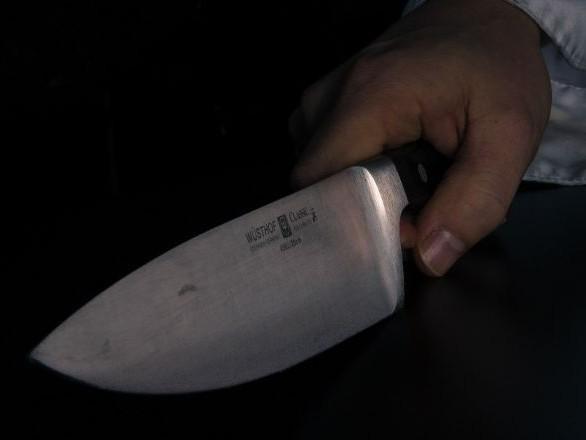 Un «bébé Trump» attaqué au couteau juste avant un match de football américain - photos