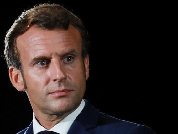 Caricatures: la France ne va pas «changer» son droit, affirme Macron