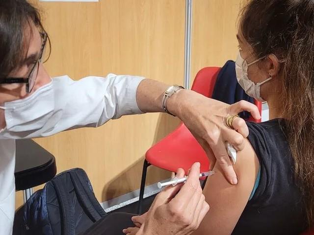 Covid 19 :Tous vaccinés ? On en parle sur France Bleu, avec une vaccination des 12-17 ans en Charente-Maritime