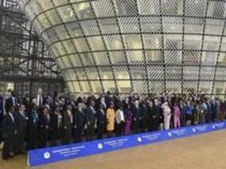 """L'UE et l'Union Africaine """"prêtes à travailler"""" avec Tshisekedi"""