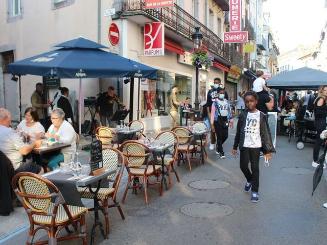 Extension du pass sanitaire : à Lourdes, pas d'inquiétude pour les réservations, mais pour l'application