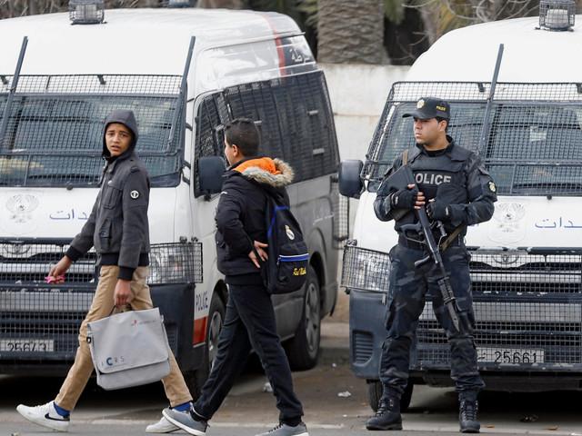 """La Tunisie est face à une """"dérive autoritaire"""" qu'il faut endiguer selon l'International Crisis Group"""
