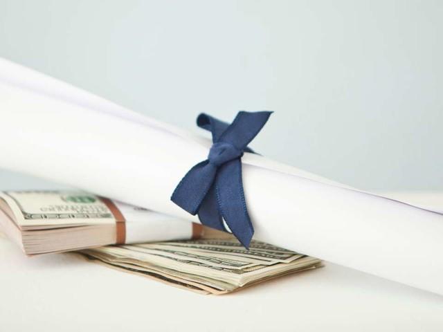 S'endetter pour étudier : entre émancipation etboulet au quotidien