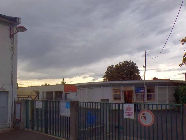 Risque sur le bâtiment : une classe du groupe scolaire Ducau et la crèche fermées à la demande d'un expert