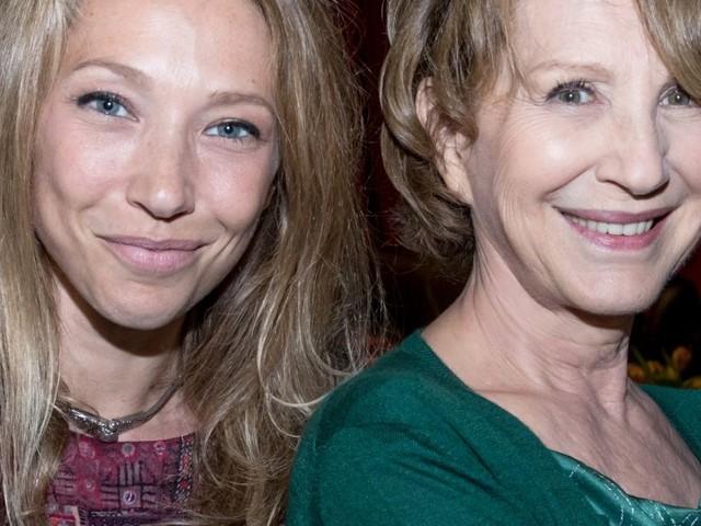 Nathalie Baye décorée de la Légion d'honneur : Laura Smet trop fière de sa mère