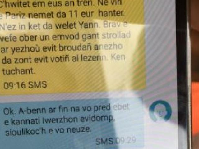 Réélu aux législatives 2017, le député Paul Molac nous explique ses SMS en breton