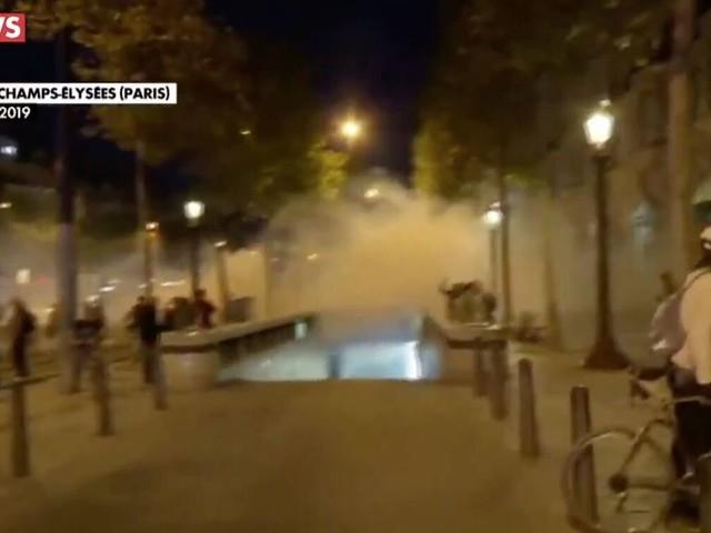 Des tensions sur les Champs-Élysées après une journée de manifestations