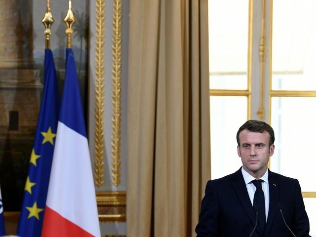 Macron et Stoltenberg évoquent les risques liés à la 5G sans cibler Huawei
