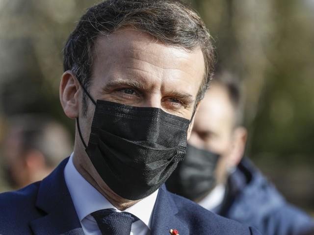 """2022 : quel """"fil rouge"""" pour Emmanuel Macron ?"""