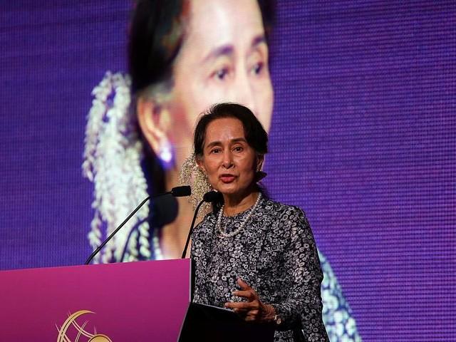 Aung San Suu Kyi déchue par Amnesty