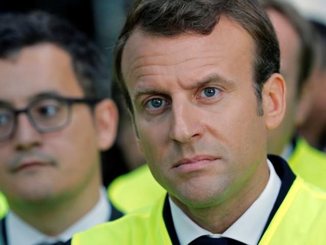 À Whirlpool, à quoi Macron s'était-il vraiment engagé devant les salariés?