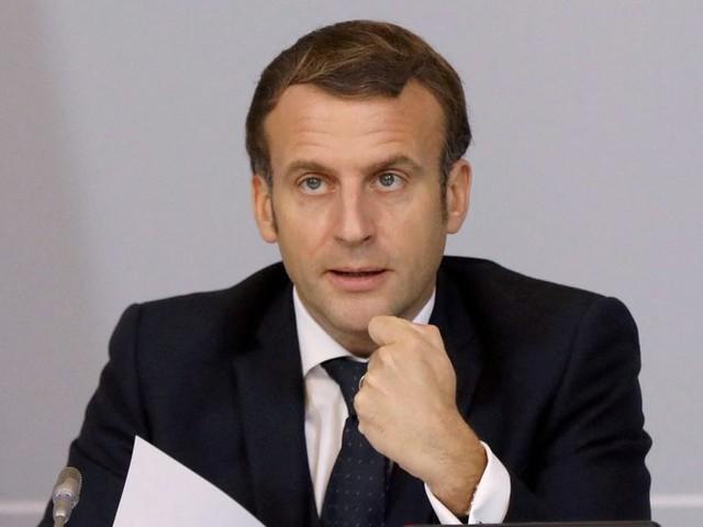 """Emmanuel Macron : """"Il n'est pas question de déconfiner"""", vers un assouplissement du confinement en trois étapes"""