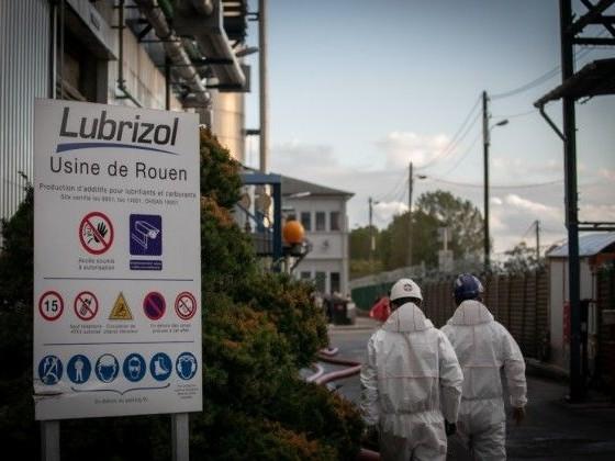 """Lubrizol: les analyses """"anormales"""" chez certains pompiers ne sont pas """"révélatrices"""""""