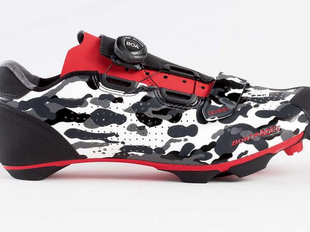 Test des chaussures VTT Bontrager Cambion - C'est de Bontrager que nous vient le test du jour, avec les chaussures de VTT Cambion. Confort, rigidité, performance sont les mots clés pour définir ce modèle. Pour ce mercredi, nous vous présentons le test d'une paire de chaussures de VTT, avec le modèle Cambion de chez Bontrager. La naissance de cette ...- (Vélo 101, le site officiel du Vélo ®)