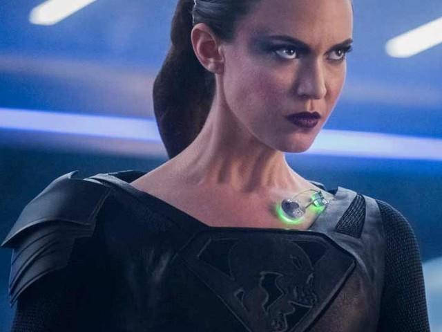 Supergirl : Toutes les images de l'épisode 3.19 ('The Fanatical') !
