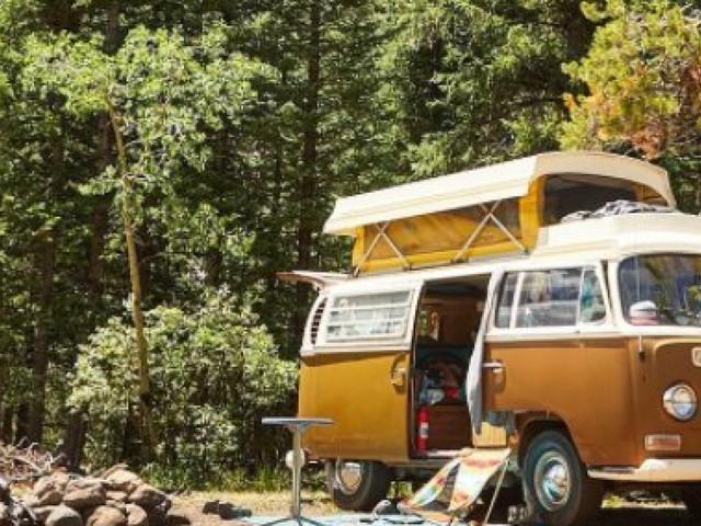 #Vanlife, les vacances en combi Volkwagen n'ont jamais été aussi tendance