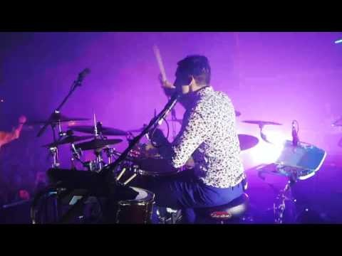 """Côté Live, Enter Shikari a mis en ligne sa version de """"Return To Energiser"""" captée au SlamDunk de cette..."""