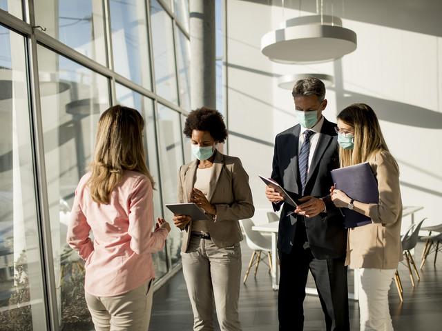 Entreprise : les salariés ne pourront plus porter de masques artisanaux