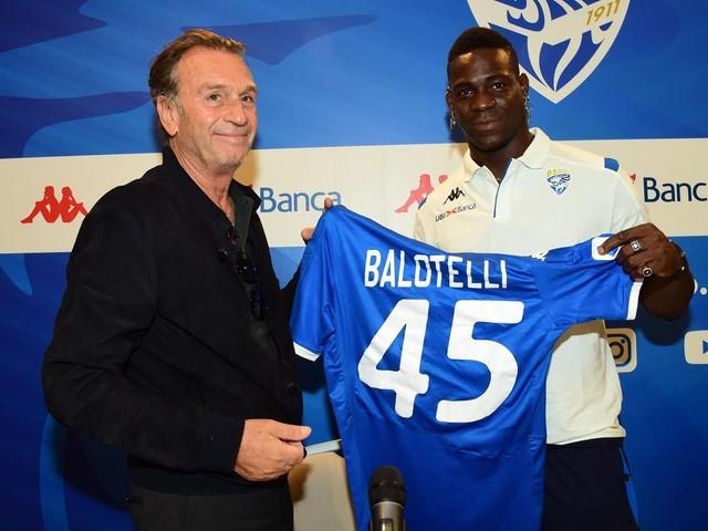 """Le dérapage raciste du président de Brescia : """"Balotelli est noir, il travaille pour s'éclaircir"""""""