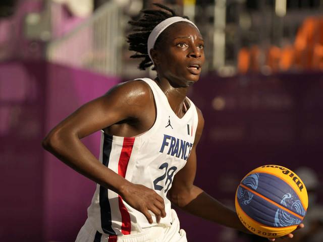 JO de Tokyo 2021: troisième médaille d'or pour la France, les Bleues du basket 3x3 en demie contre les Etats-Unis