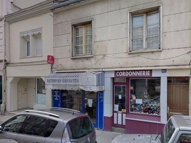 Reims : une soirée étudiante clandestine alcoolisée sans masques, pendant le couvre-feu se termine en garde-à-vue