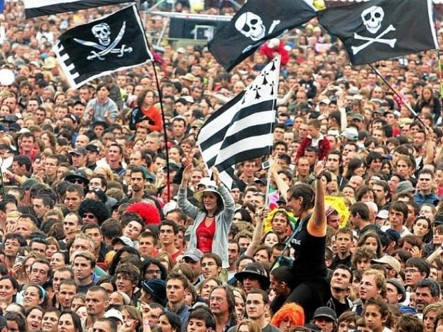 Festivals de musique: jauge maximale de 5000 spectateurs en format «assis»