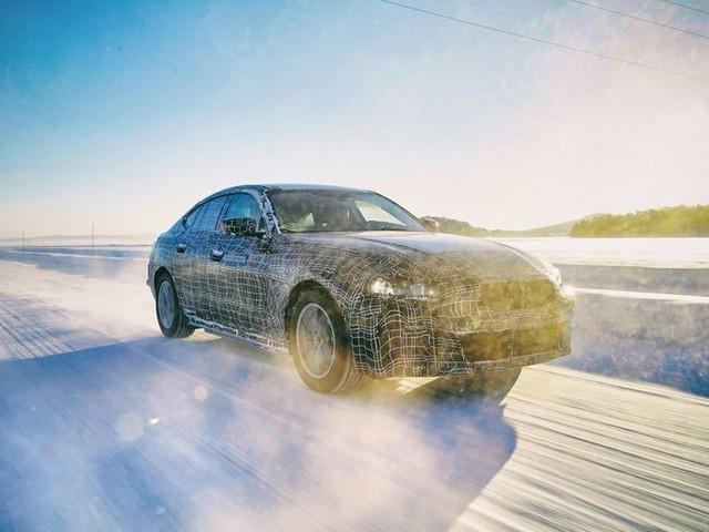 Actualité : BMW en dit plus sur l'i4, sa future berline électrique rivale de la Tesla Model 3
