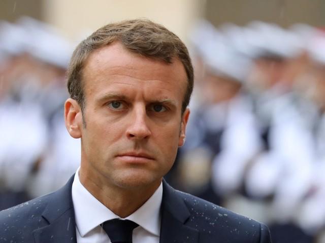 """Macron sur le """"pognon"""" : """"un président ne devrait pas dire ça"""", dénonce l'opposition"""