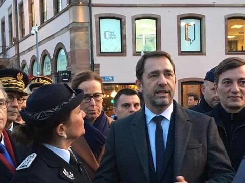 Strasbourg : Le ministre de l'Intérieur Christophe Castaner venu adresser « message de sérénité » au marché de Noël