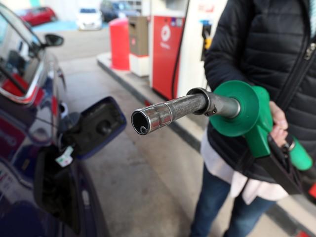 Carburant : des stations-service municipales pour lutter contre l'abandon des campagnes
