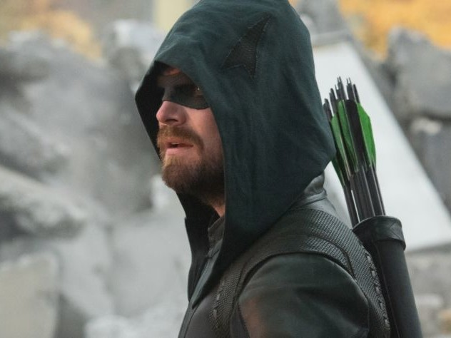 Après Crisis on Infinite Earths : Arrow dévoile des images émouvantes de son grand final