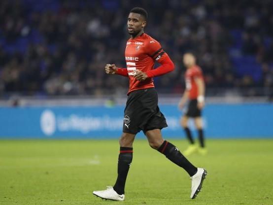 Foot - Coupe - Coupe de France : Rennes sérieux contre Saint-Pryvé