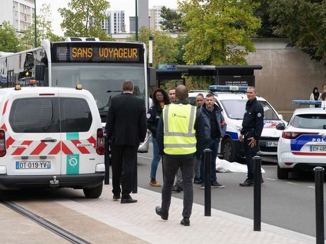 Seine-Saint-Denis : un lycéen poignardé à mort aux Lilas, trois adolescents en garde à vue