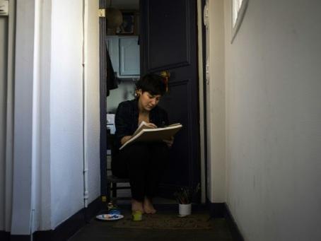 En France, un mois de confinement et de vies bouleversées