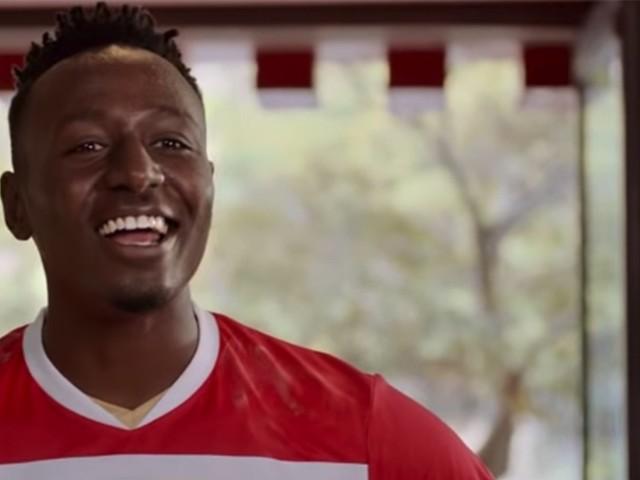 KFC aime les footballeurs qui simulent