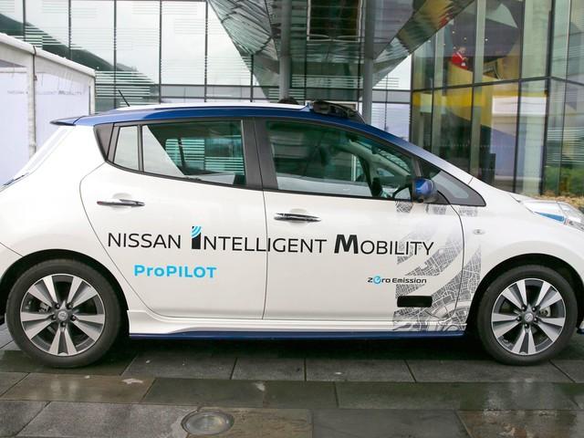 Nissan va tester des taxis autonomes dès l'année prochaine au Japon