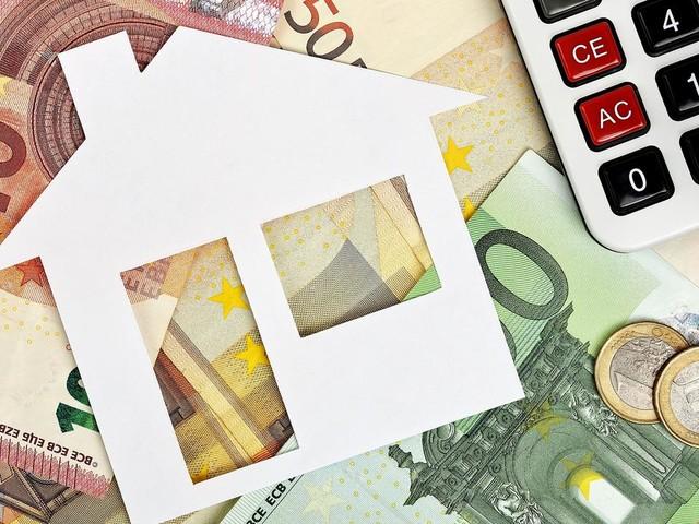 Crédit immobilier : l'obligation de domicilier ses revenus dans la banque émettrice remise en question ?